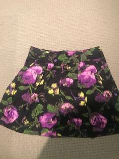 Floral pleated skirt, size 10