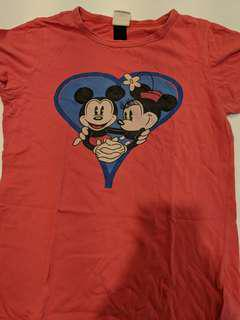Genuine Disney Medium T-shirt