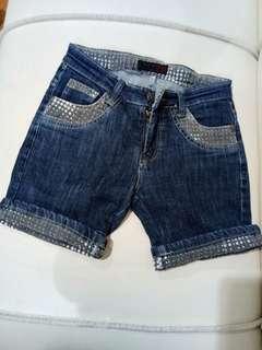 Short pants jeans biru tua