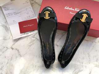 Salvatore Ferragamo Vara Bow Jelly Ballet 7C Black
