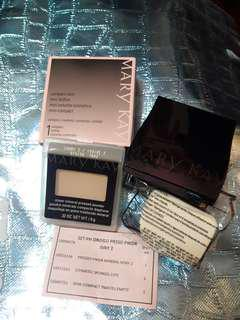 Authentic Mary Kay pressed mineral powder in ivory 2