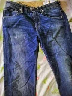 Original Levis  pants nee model size 32