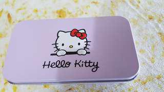 🚚 kitty彩妝刷具組
