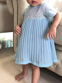 Tailormade baby blue dreas
