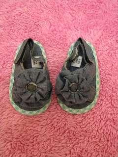 Sepatu sendal mothercare
