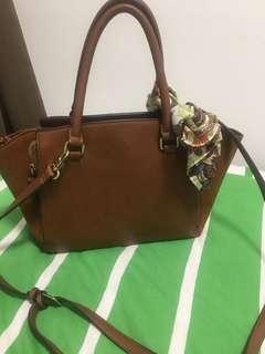 Parfoise Leather Bag