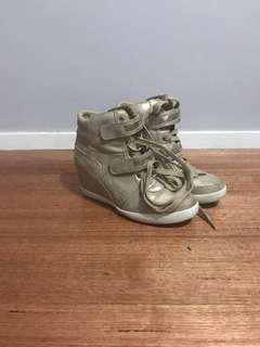 Women's Wedged Heel Sneakers