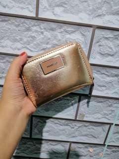 Gold mango wallet