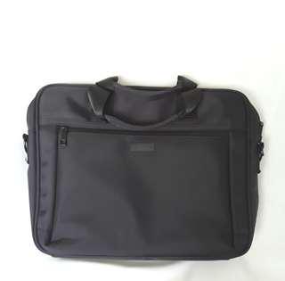 VanGarie Laptop Bag