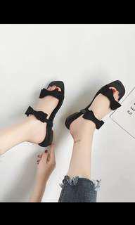 🚚 Black bows flats
