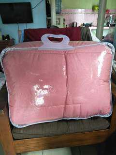 Bedcover polos warna peach cantik bgt