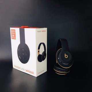 錄音師studio頭戴耳機,藍牙插卡FM功能,原單質量 規格97×45.5×79