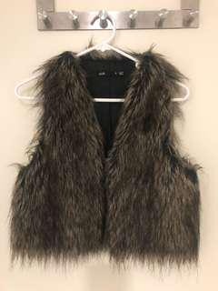 Bardot fur vest