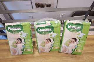 Huggies ultra diapers size L