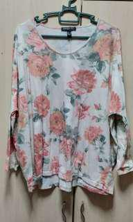 MNG floral batwing top
