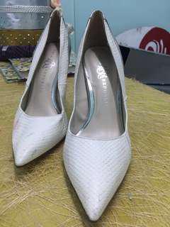 Deliah White Silver Heels