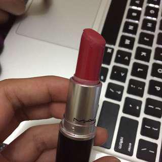 Mac lipstick matte damn glamorous