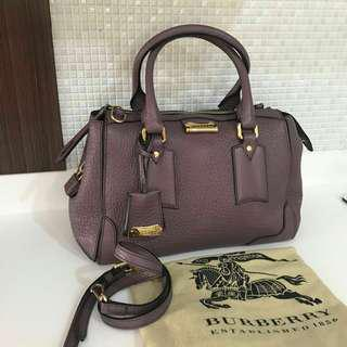 Owner bu banget bantu plis bcast ya Reprice excellent Burberry speddy with strap vgc.only conditio bags bgt