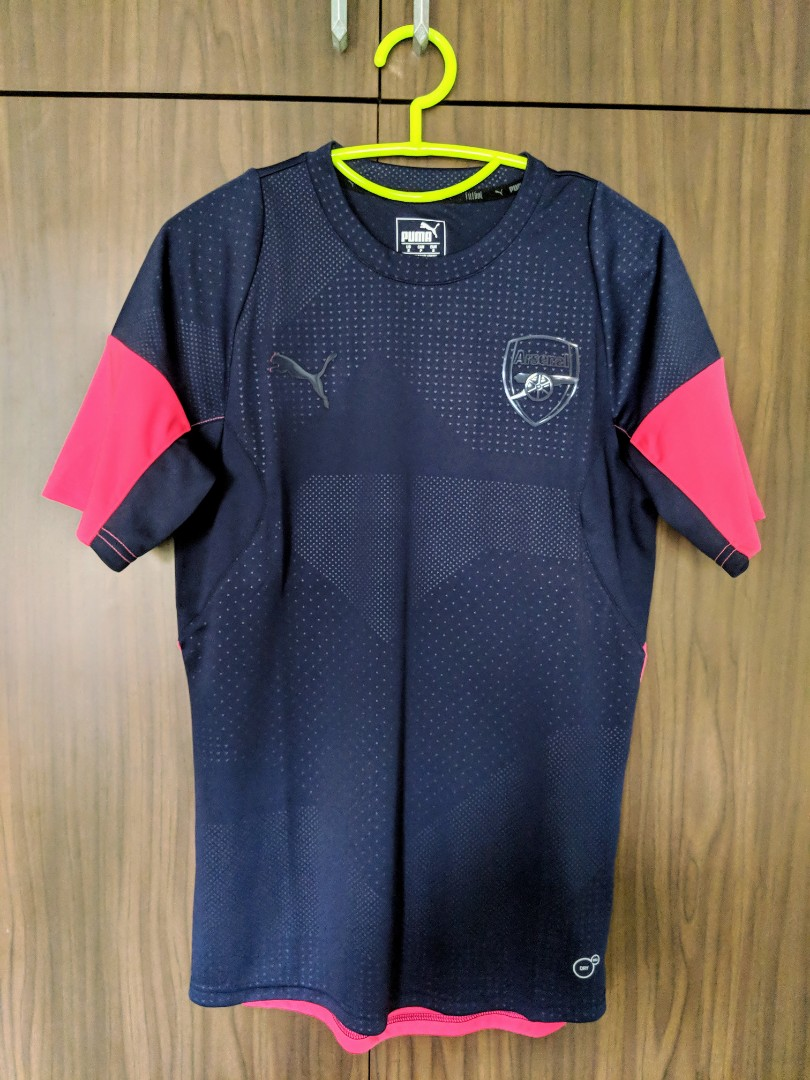 Arsenal Training Jersey - Small b7fbdc16a