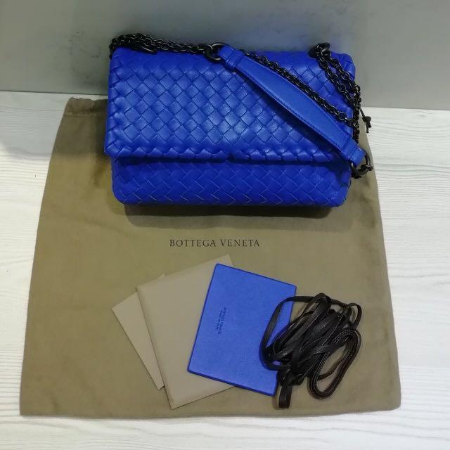 1ffa90ddd8 Authentic Bottega Veneta Cobalt Intrecciato Nappa Olimpia Bag ...