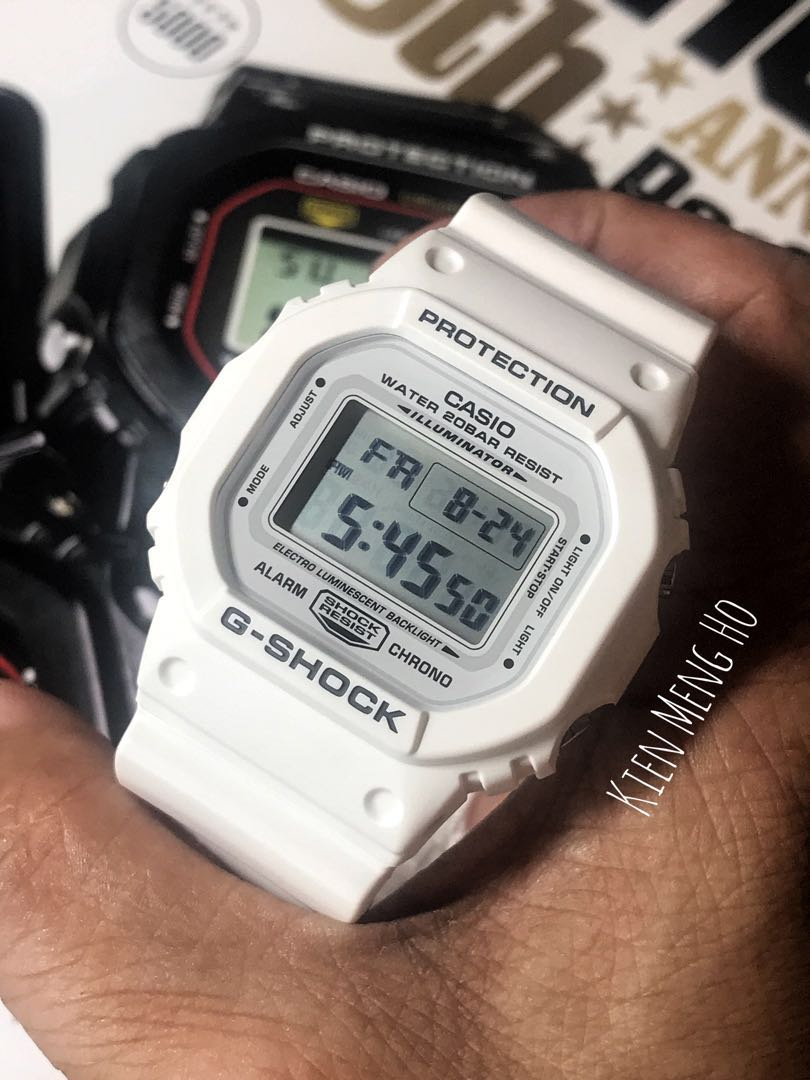 af6ec255ee44b 🌹🌹🌹Brand new and authentic Casio G-Shock DW-5600MW-7