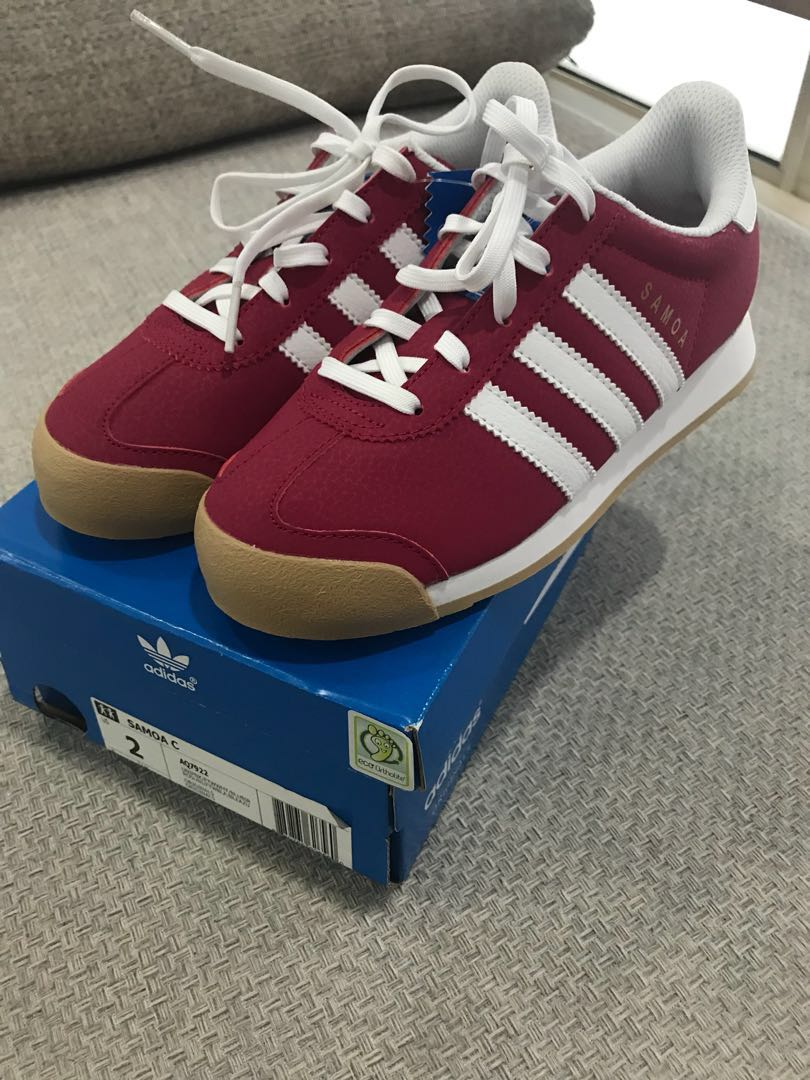 67b0f11261 BRAND NEW Authentic Adidas Girls Shoes US size 2
