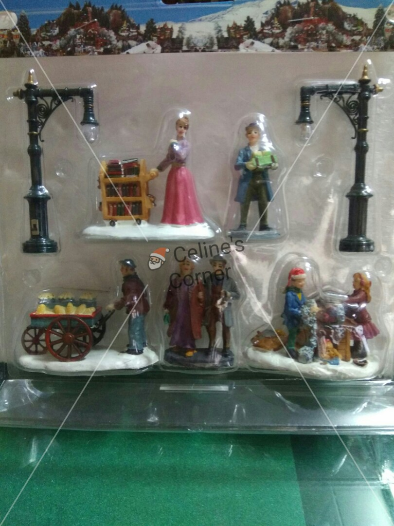 Christmas Village Accessories.Christmas Village Accessories Set 5 On Carousell