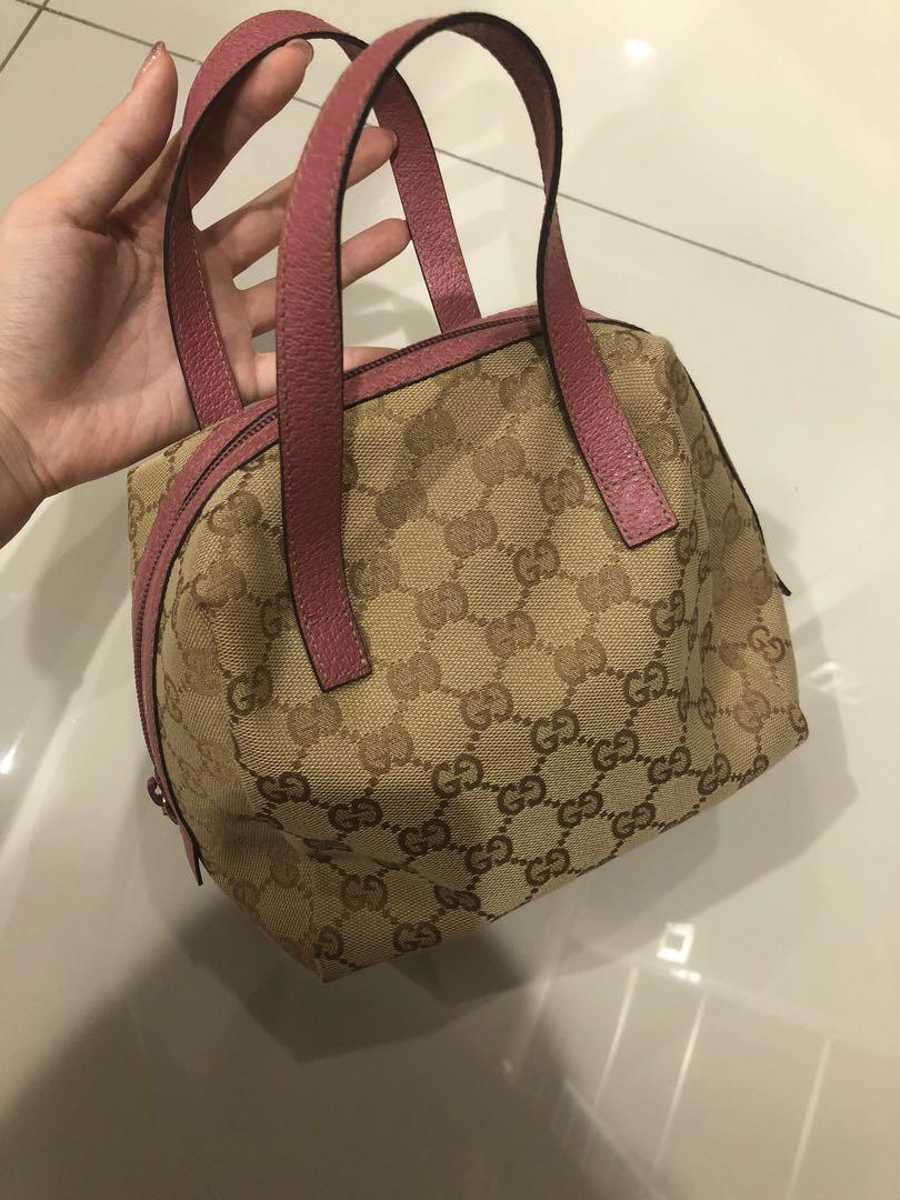 b87e98631aa Gucci Small mini bag in pink color rare vintage