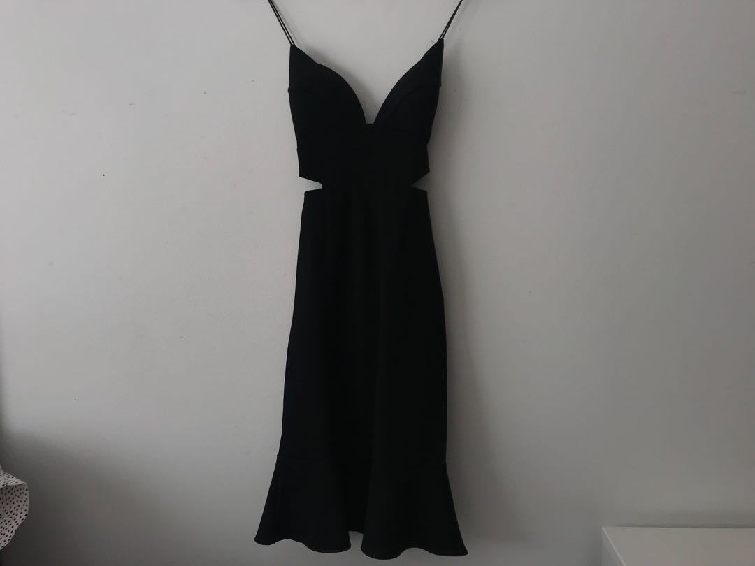 Hello Molly black midi stroppy dress