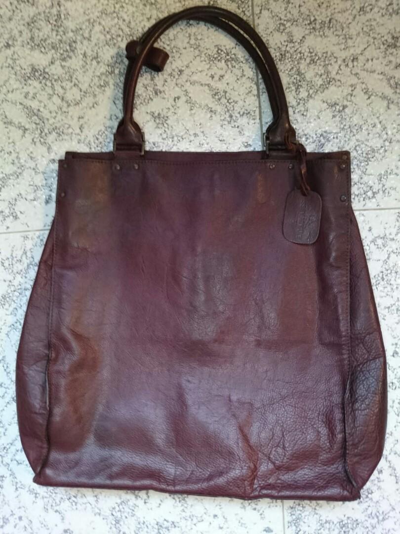 Issey Wallets Miyake Distressed BagLuxuryBagsamp; Tote Leather ARq54j3L