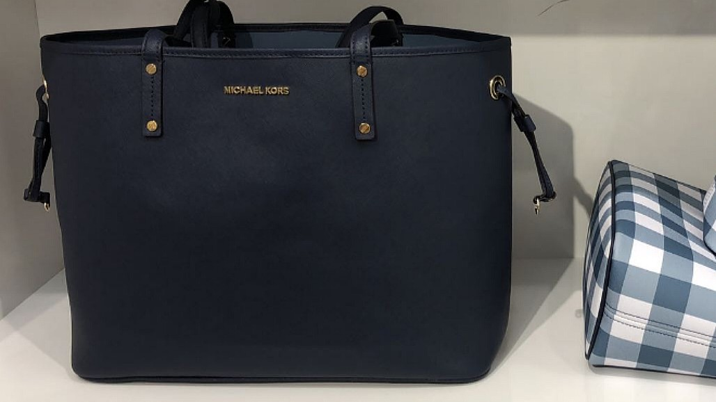 d6d799f13f50 SPECIAL OFFER! Michael Kors Drawstring Tote Large- Navy Blue   White ...