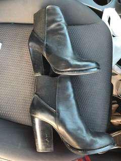 Like new women's black heeled boots from ALdo