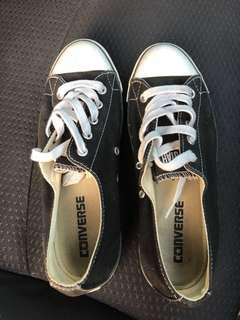 Short women's converse in black and white