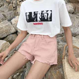 刷破粉色短褲