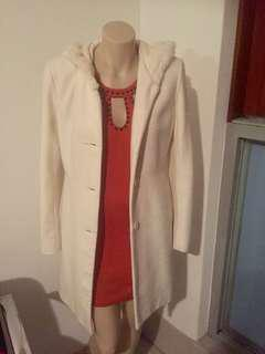 Women's thick long white jacket with fur hoodie