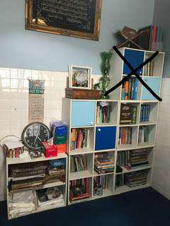 5 Bookshelf Cabinet/ 5 Rak buku
