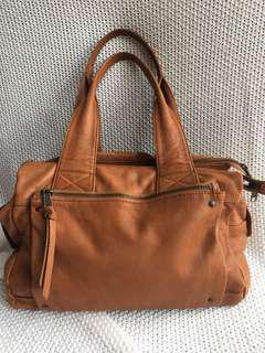 Witchery tan leather Nicky bag