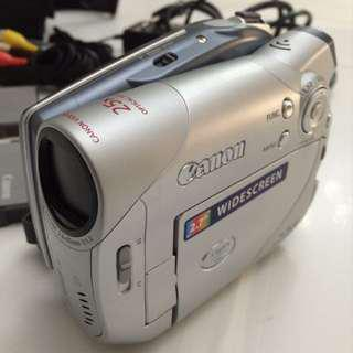 Canon DC100 DVD Camcorder with 25x Optical Zoom