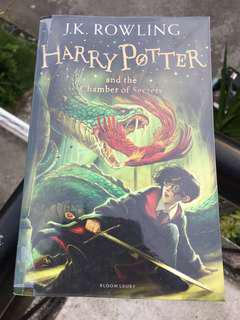 Harry Potter Book 2 The Chamber of Secrets (Bloomsbury Edition)
