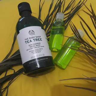 Tea Tree Skin Clearing Facial Wash The Body Shop (share in tube)