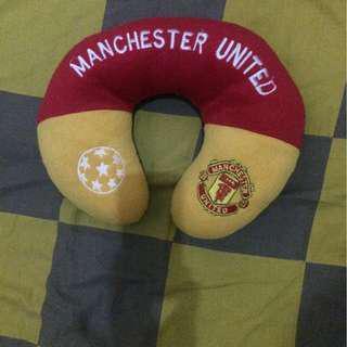 Bantal leher Manchester United MU