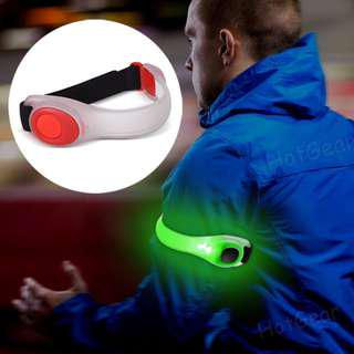 Running Armband Lights LED Safety Band Reflective Bracelet for Cycling Jogging Hiking Replaceable Battery Adjustable Wearable Light Belt Strap Waterproof High Visibility Glow in the Dark for Jogging Walking Cycling Concert Camping Outdoor Sports
