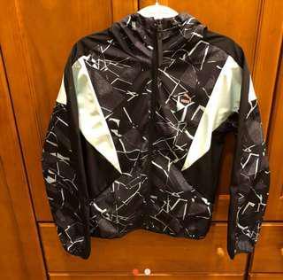 Puma防水防風外套