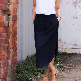 Frankie & Co Linen Navy Skirt