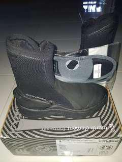 Scuba Diving New Fourth Element 6.5mm Amphibian dive boot Size UK4/USA5/EU37