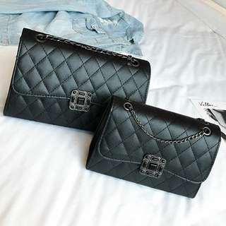 NINE SQUARE SLING BIGt SMALL RM50