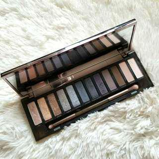 🍒REPRICED🍒Urban Decay Naked Smoky Pallete