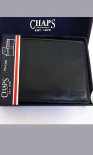 CHAPS   Leather Passcase Wallet in Black