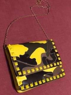 Authentic VALENTINO GARAVANI Camouflage Rockstud Crossbody Bag