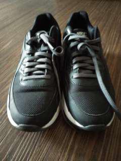 Nike Airmax Size 38 Warna Hitam